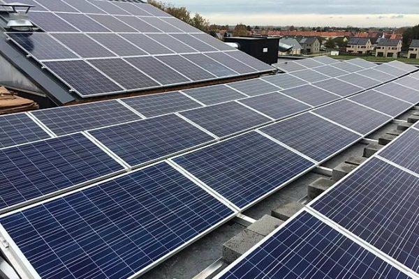 Alternatieve energiebron: zonnepanelen | Thomas Vannevel